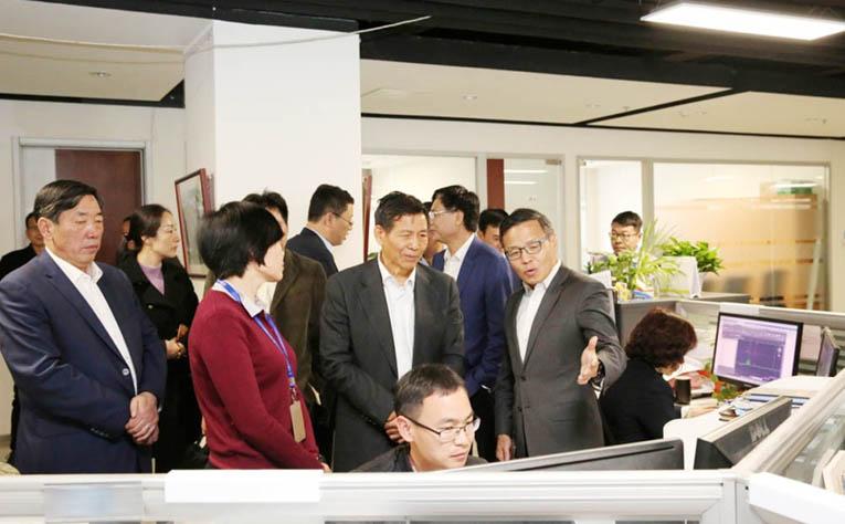 中国建材联合会会长乔龙德到中材建设调研5.jpg