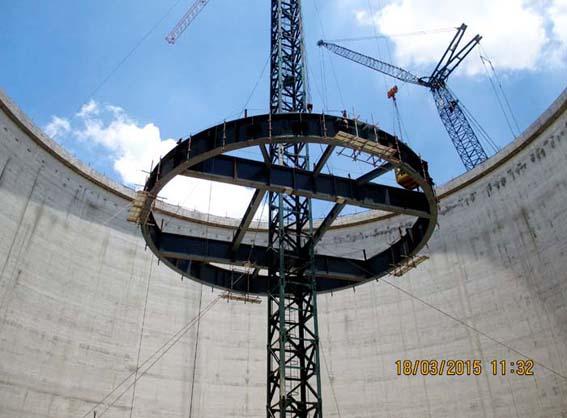印尼海德堡1号库中心柱吊装1.jpg
