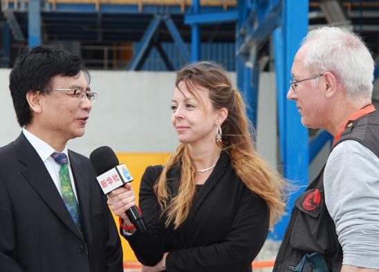 王晖接受新华社驻保加利亚分社的采访.jpg